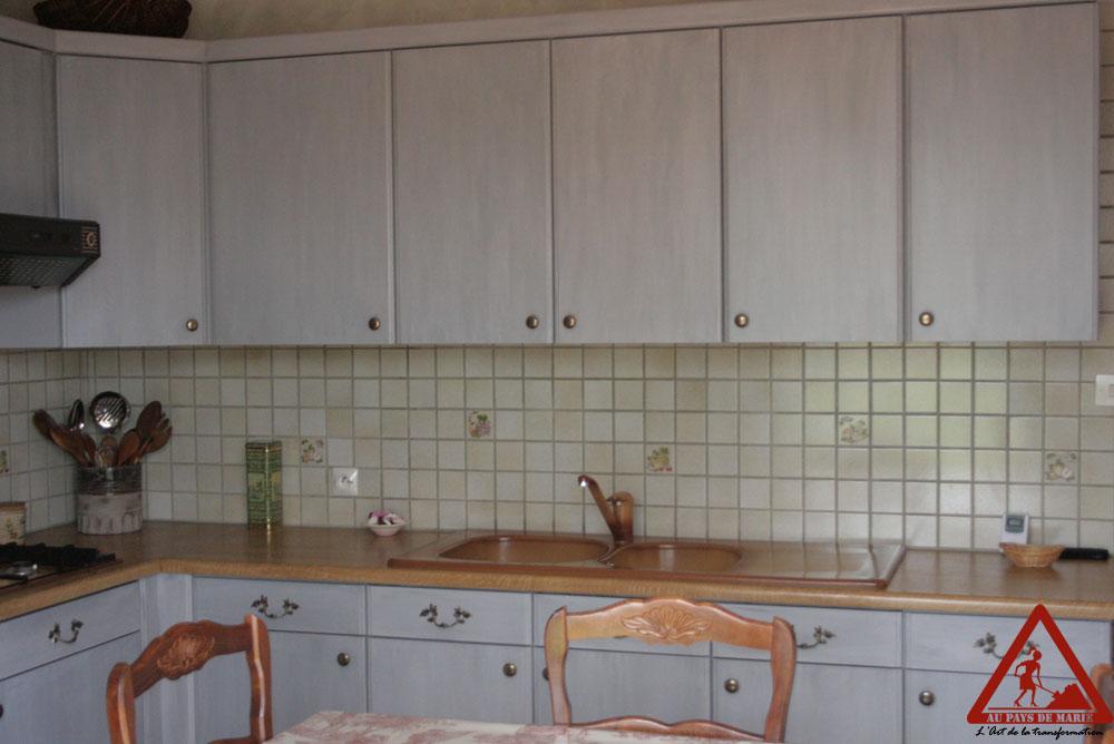 Impressionnant salle de bain orange et taupe id es de for Club cuisine et salle de bain bcbg