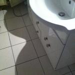 salle de bain avant meuble vasque ...