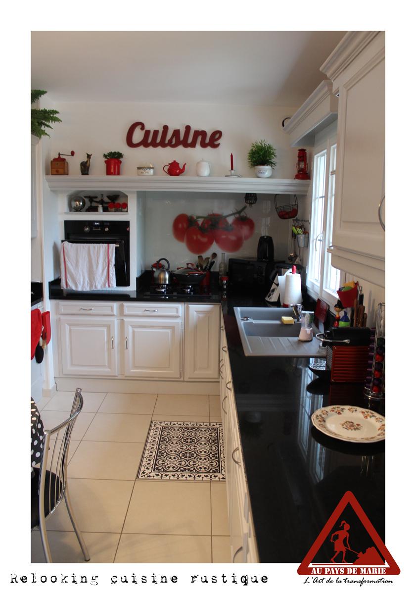 relooking d une cuisine rustique maison design mail. Black Bedroom Furniture Sets. Home Design Ideas